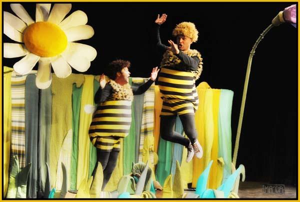 picture Příhody včelích medvídků