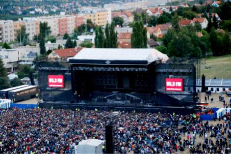 KABÁT  25 let - Po čertech velkej koncert II  d090dece58d