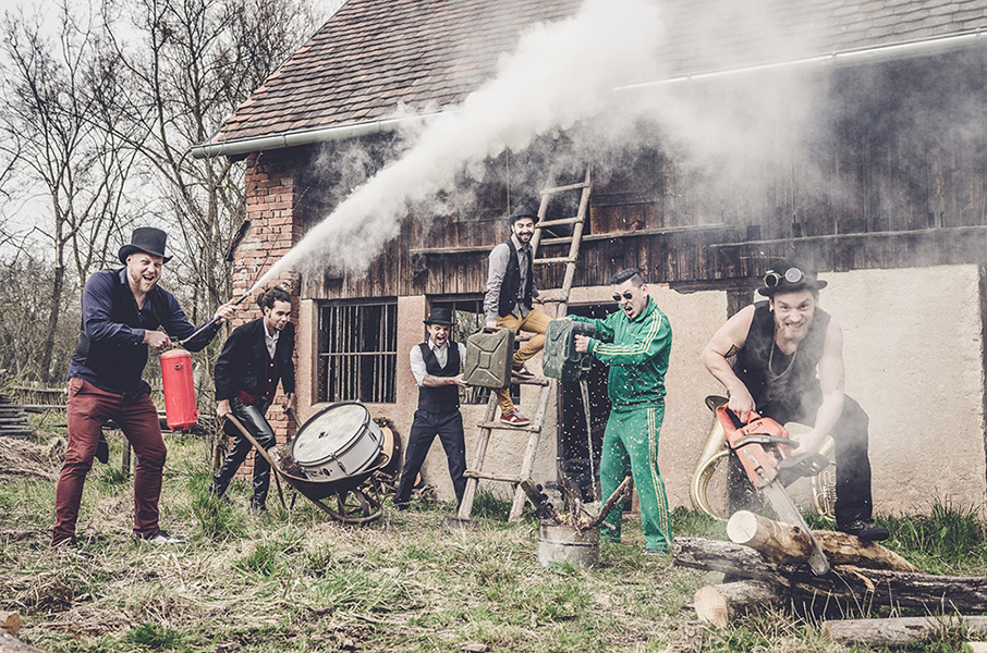 picture FAST FOOD ORCHESTRA / křest alba + CIRCUS BROTHERS