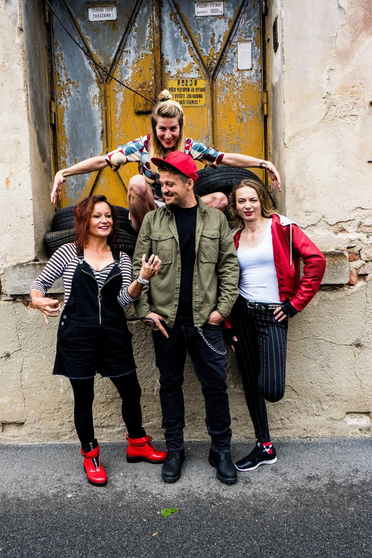 picture GAIA MESIAH: Excellent Mistake TOUR 2019 & hosté