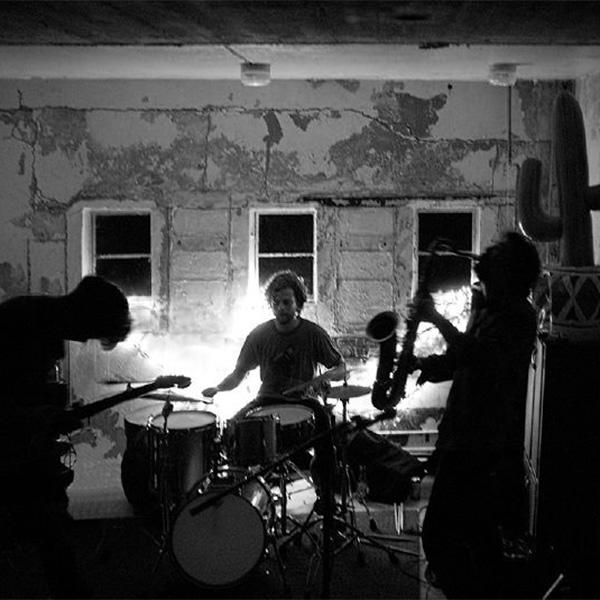 CACTUS TRUCK ft. AVA MENDOZA (NL/ US)